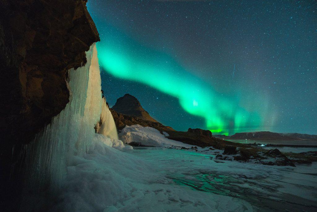 sarki fény izland