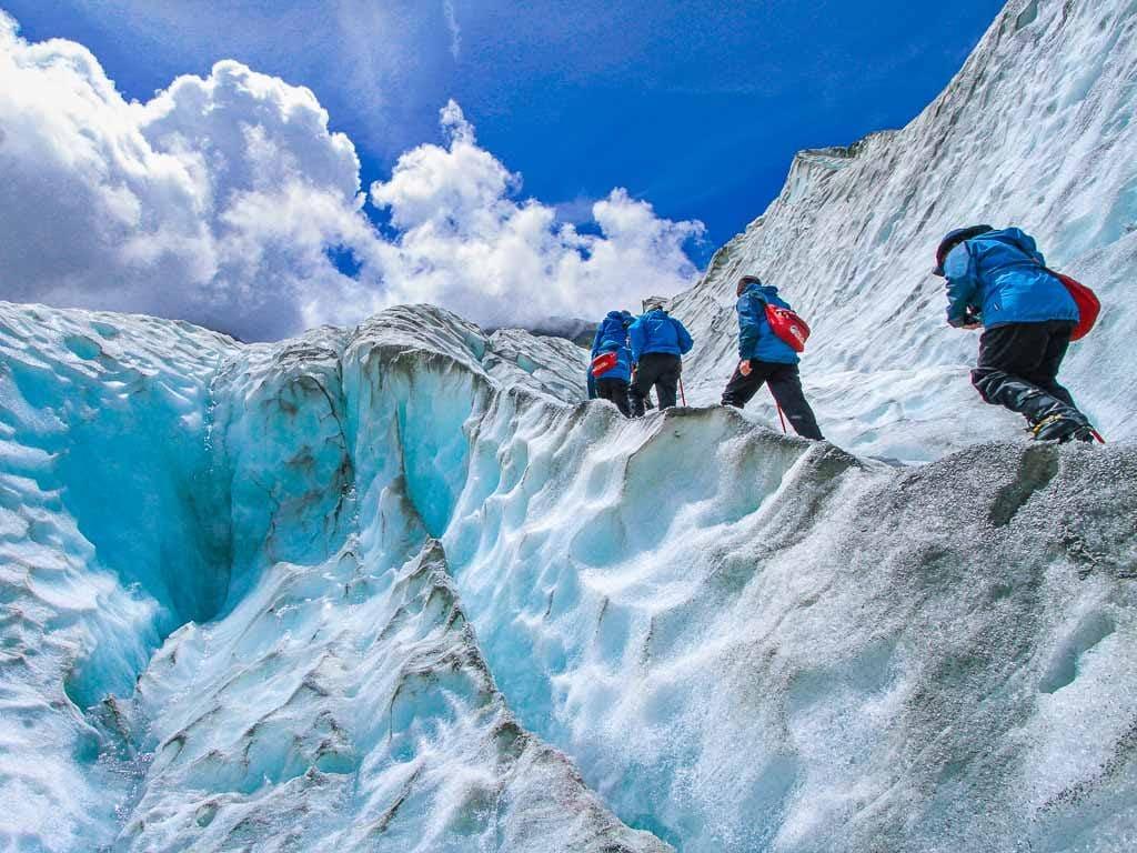 Túrázók a gleccseren