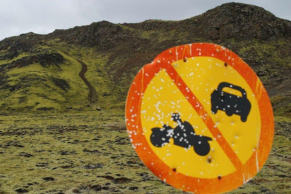 vandalizmus Izlandon