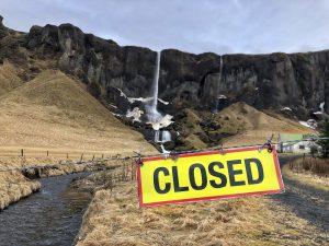 Lezárt túristalátványosság Izlandon