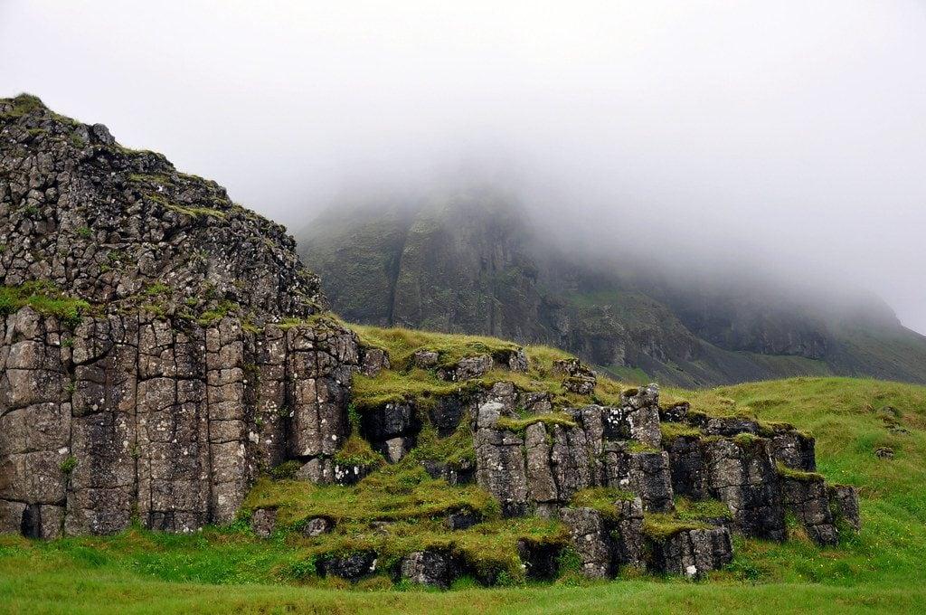 Dél Izland látnivalók - Dverghamrar