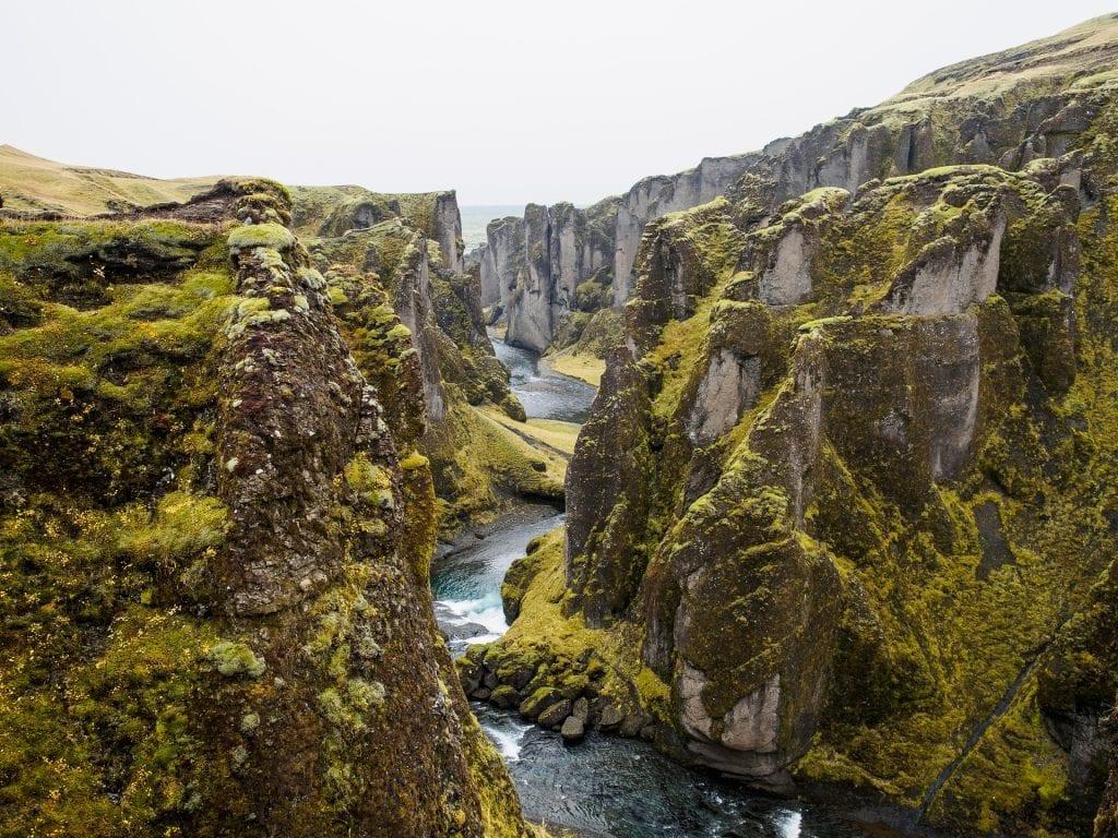 FJadrárgljúfur kanyon