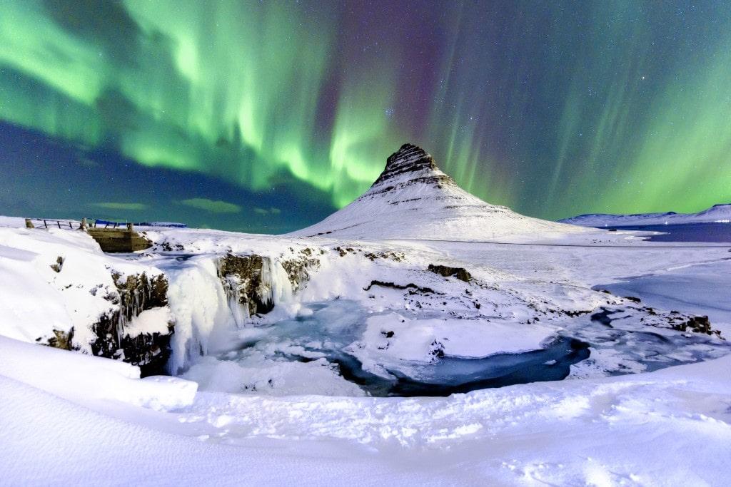 Sarki fény Kirkjufell Izland