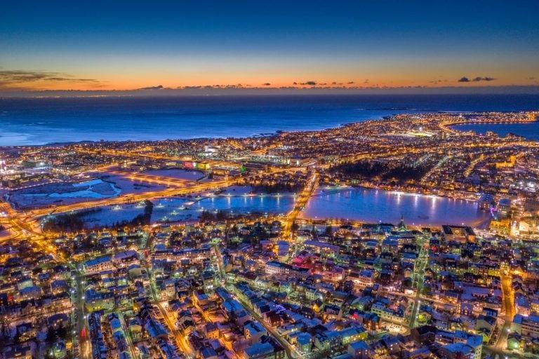 téli fények éjszakája Reykjavík