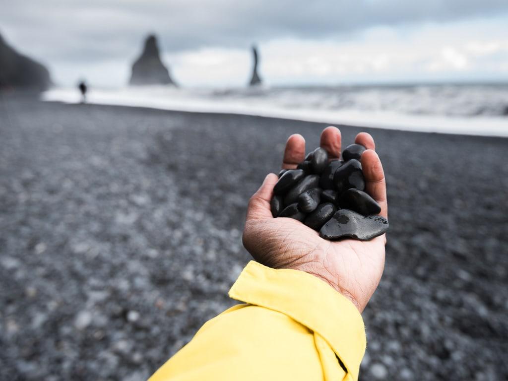 Fekete kavicsok a Reynisfjara-parton